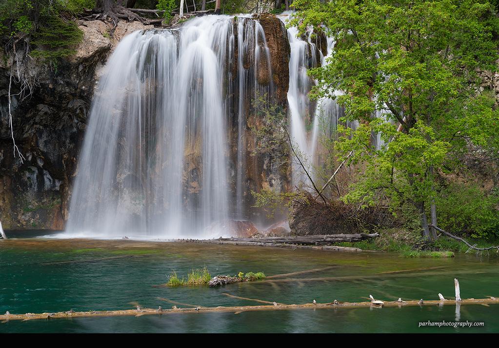 Hanging Lake Waterfall  (NO-17017)