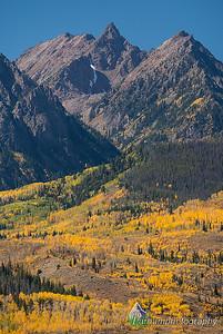 Gore Range Peaks - Autumn   (NO-19528)