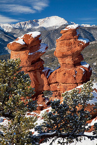 (PP-11005)  Siamese Twins in Garden of the Gods and distant Pikes Peak