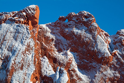 (PP-11020)  Frosted Morning - Kissing Camels at Garden of the Gods