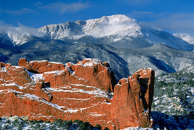 (D069)  Pikes Peak and North Gateway Rock - Garden of the Gods