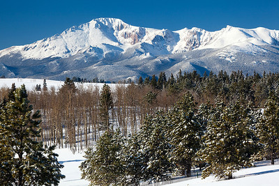 Pikes Peak in Winter  (PP-09085)