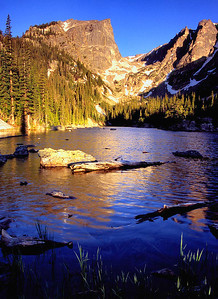 (J028)  Summer sunrise at Dream Lake