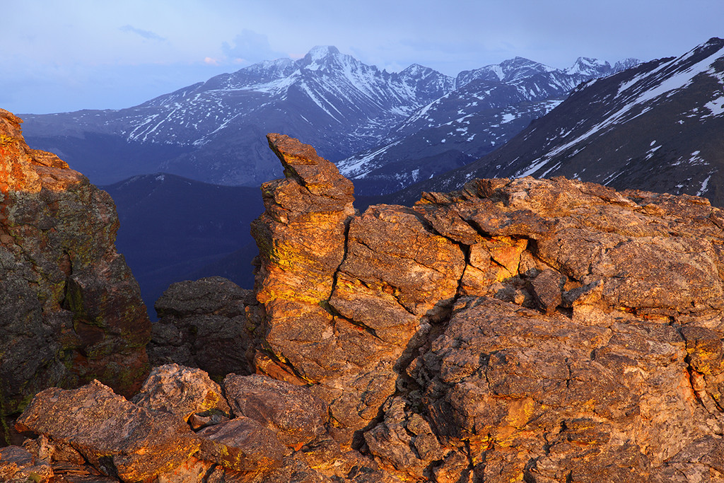 (RM-09087)  Longs Peak & Rock Cut on Trail Ridge at Sunset