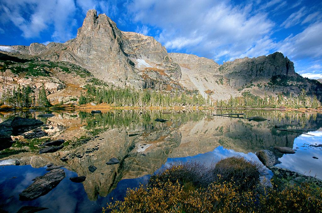 (RM-0502)  Notchtop Mountain & Lake Helene