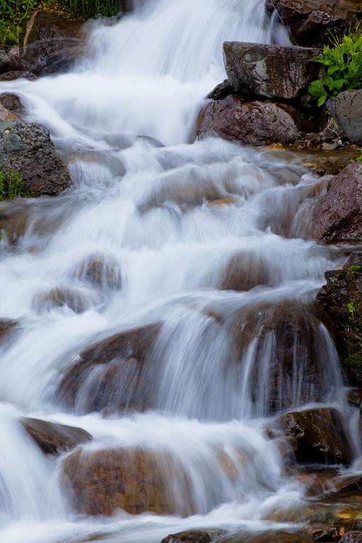 (SJ-11279)  Cascades Into the Animas
