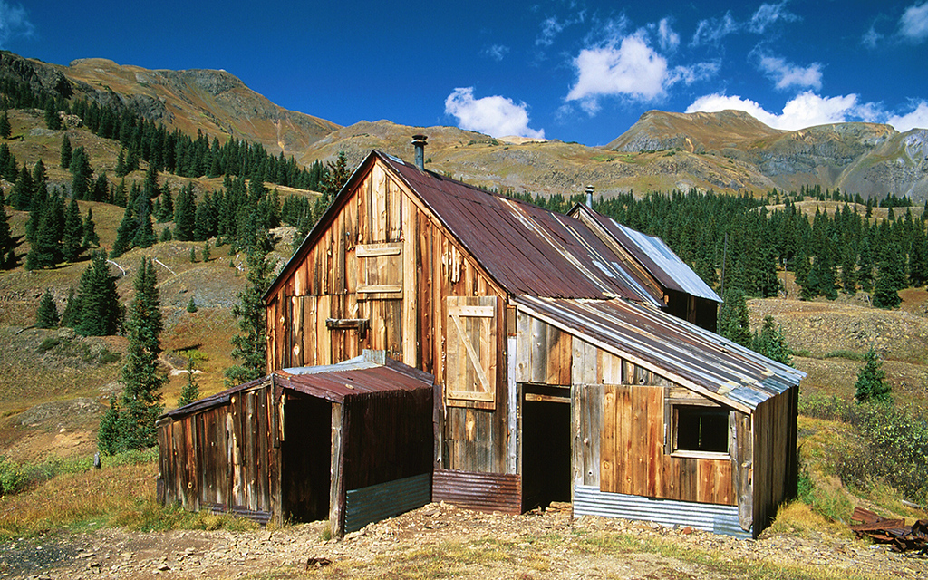 (C018)  Miner's Shack on Red Mountain Pass