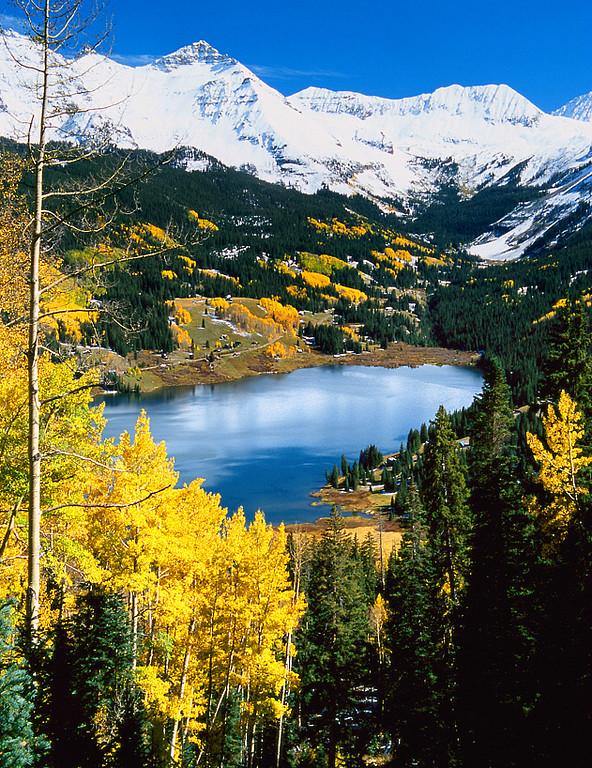 (SJNA-0512)  Autumn at Trout Lake.