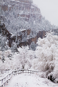 (SJ-11013)  Winter day in Ouray.