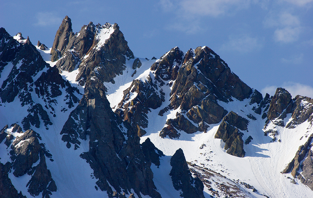 (SN-0739)  Snowy spires of the Sneffels Range on a spring morning.