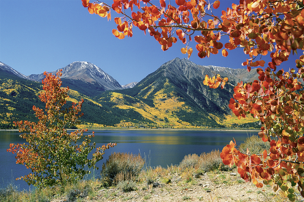 (I089) Twin Lakes & the Sawatch Range