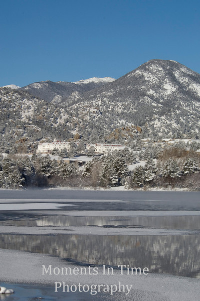 Winter scene Lake Estes