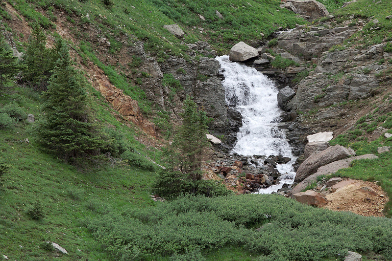 Another small water fall along Yankee Boy Basin