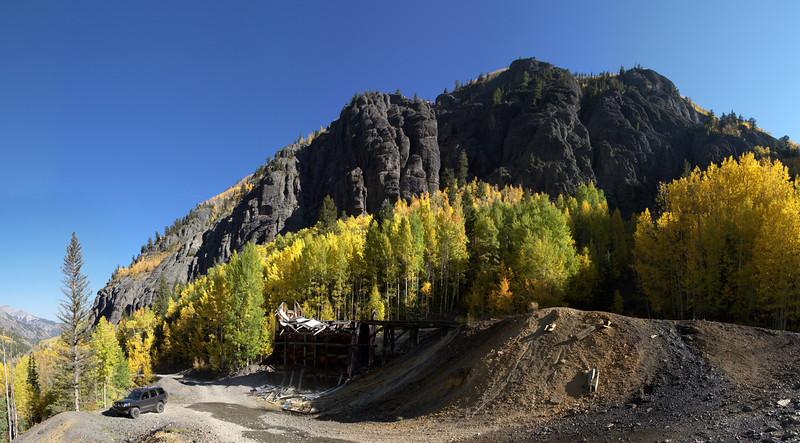 Mining ruins along Mineral Creek