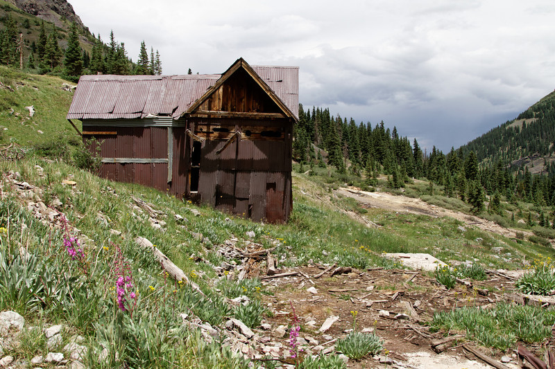 An old mining building coming down from Imogene Pass.