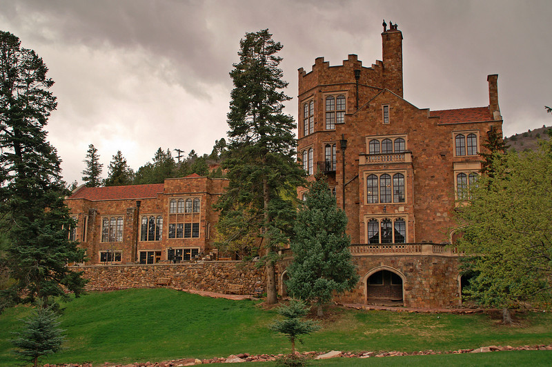 While the weather wasn't great I spent the morning hiking the Glen Eyrie property. This is the castle the founder of Colorado Springs built for his sick wife. It is in a very secluded area near Garden of the Gods and has some spectacular views of the Front Range.