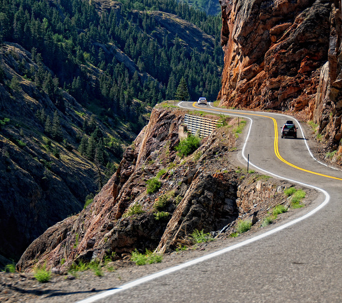 Highway 550 drop offs south of Ouray Colorado