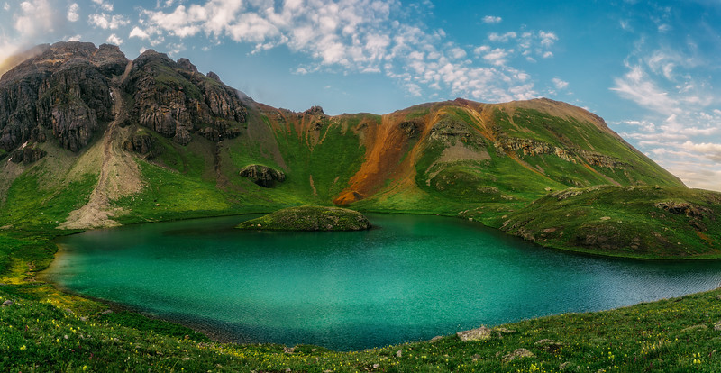 Iridescent Island Lake
