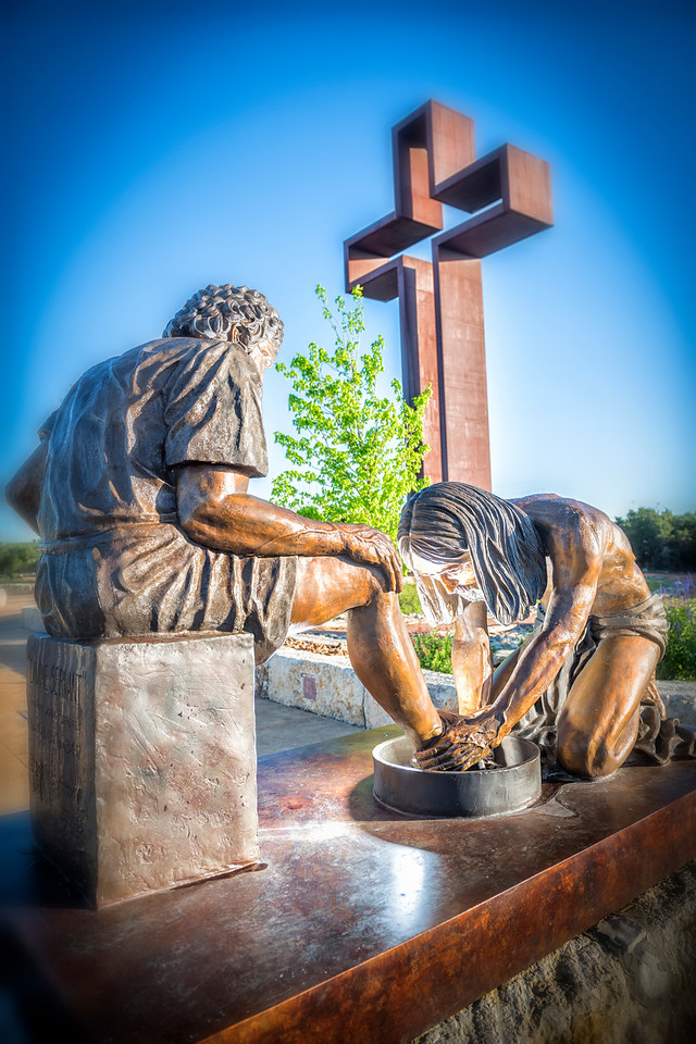 """Divine Servant"" - A bronze sculpture by Max Greiner, Jr - The Coming King Sculpture Garden - Kerrville, TX"