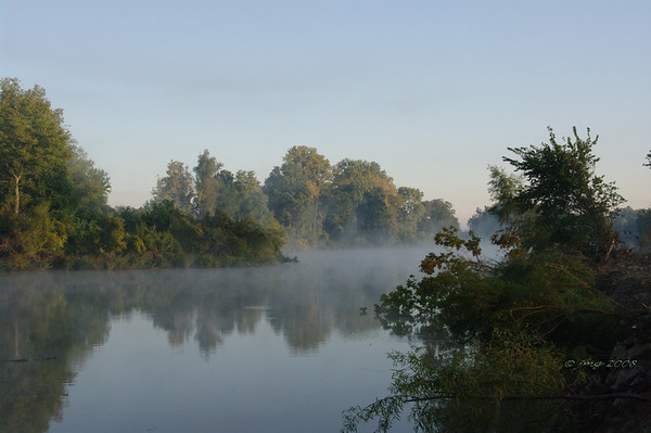 Fishing Hole Park, New Madrid, Missouri. Pentax K-20, Pentax lens 35mm, 1/80, f/20.0, ISO 800.