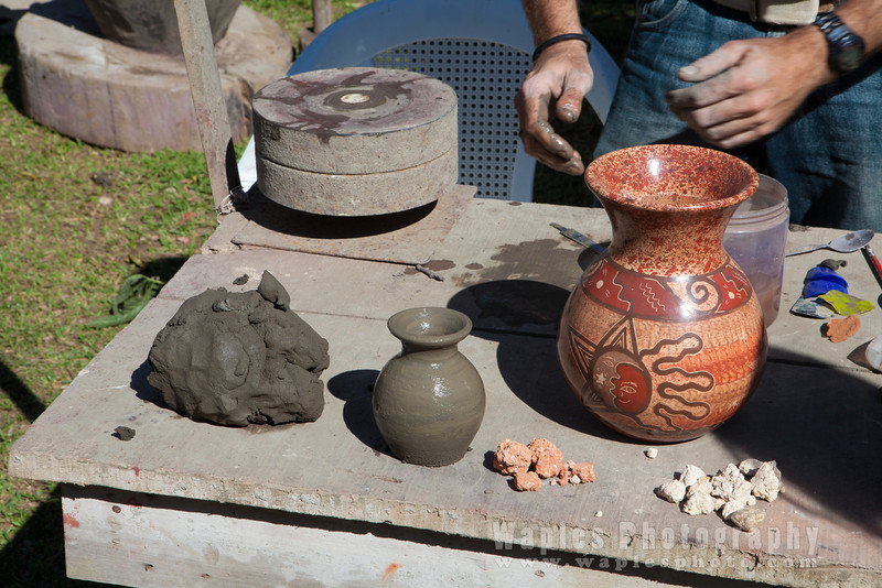 Marcelo Oliveira Making Beautiful Pottery