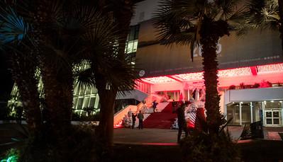 Cannes by night (La Croisette, palais des festivals)