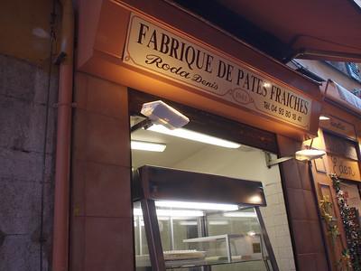 Nice (Vieux Nice) le magasin de pâtes fraîches à la coupe