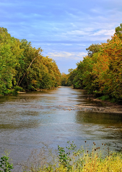 "Great Miami River <br /> a good "" hot spot "" for fishermen near Sidney , Ohio"
