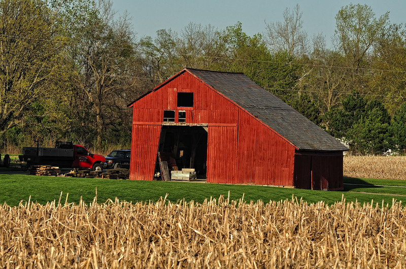 Red  Saltbox Barn