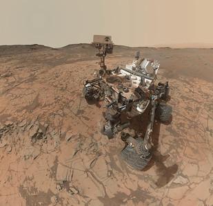 Curiosity Sol 868 Self Portrait. Data NASA/JPL/MSSS