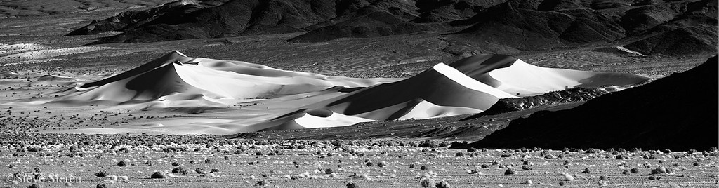 Dunes BW Southern Death Valley