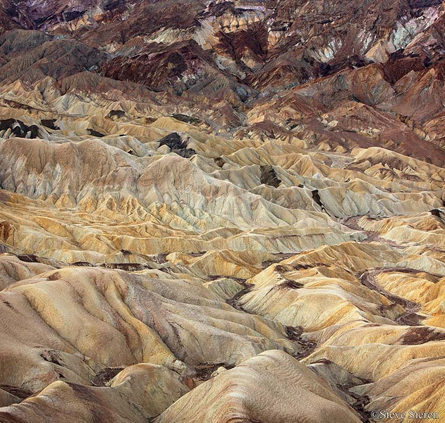 Badland's Maze in Death Valley at Zabriskie Point