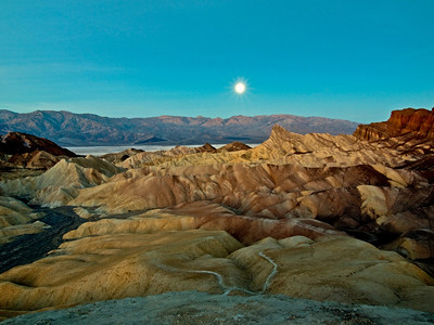 Moon set, Zabriski Point