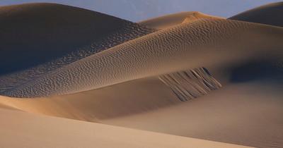 Crossing Dunes