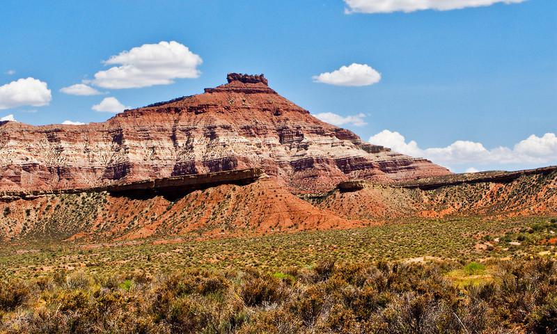 Crossing from Arizona to Nevada Desert