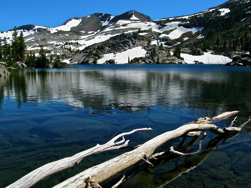 Fontanillis Lake, Desolation Wilderness, Pacific Crest Trail.