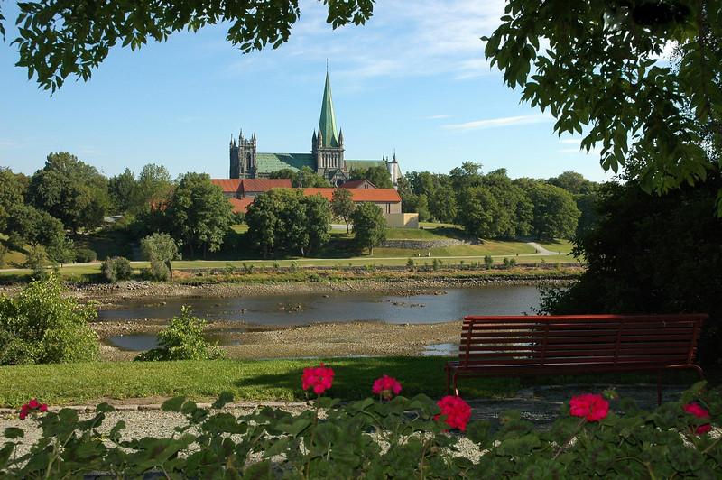 Nidarosdomen i Trondheim<br /> <br /> Nidaros Cathedral in Trondheim,Norway