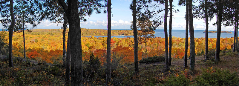 A view from Skyline Rd in Peninsula State Park. Door County, Wisconsin.  October 2009