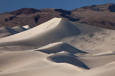 Dune Peaks 5448-50