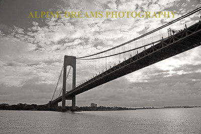 VERRAZZANO BRIDGE EARLY MORN IN BLACK & WHITE