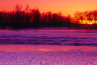 Sunset over Ile Perrot