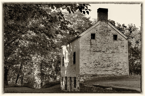 Lockhouse 25, Edwards Ferry, C&O Canal National Historical Park, Edwards Ferry Rd, Poolesville MD