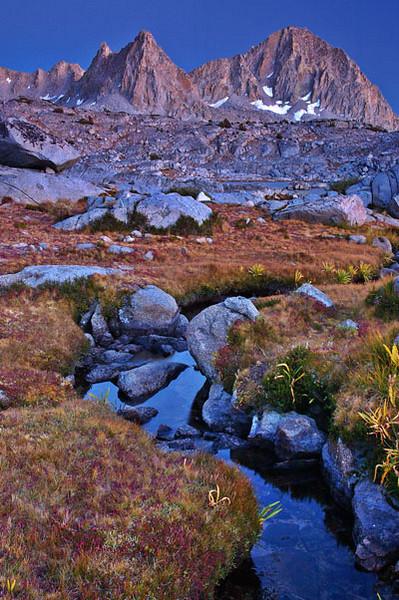 Isosceles and Columbine peaks Kings Canyon National Park - Eastern Sierra Nevada Mountain Range, California