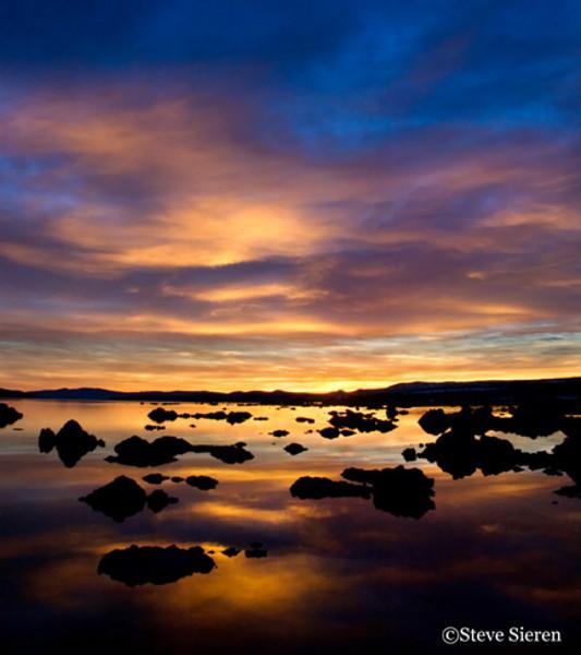Radiating Light - Mono Lake, California
