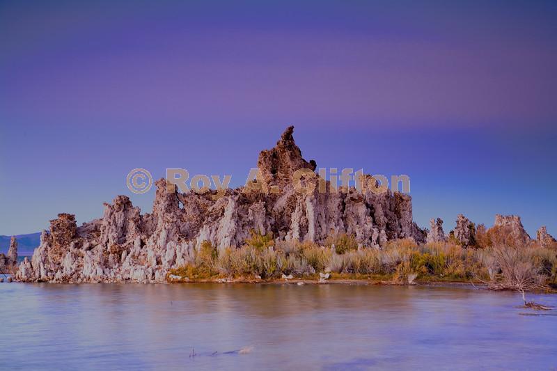 (IMG6325) A Mono Lake Tufa at dusk