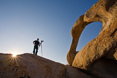 The photographer and the Mobius Arch