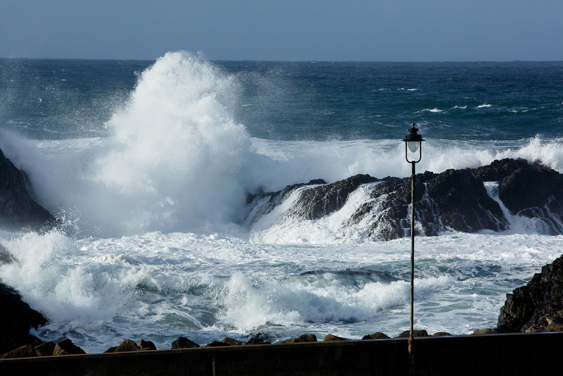High surf at Ballintoy harbour