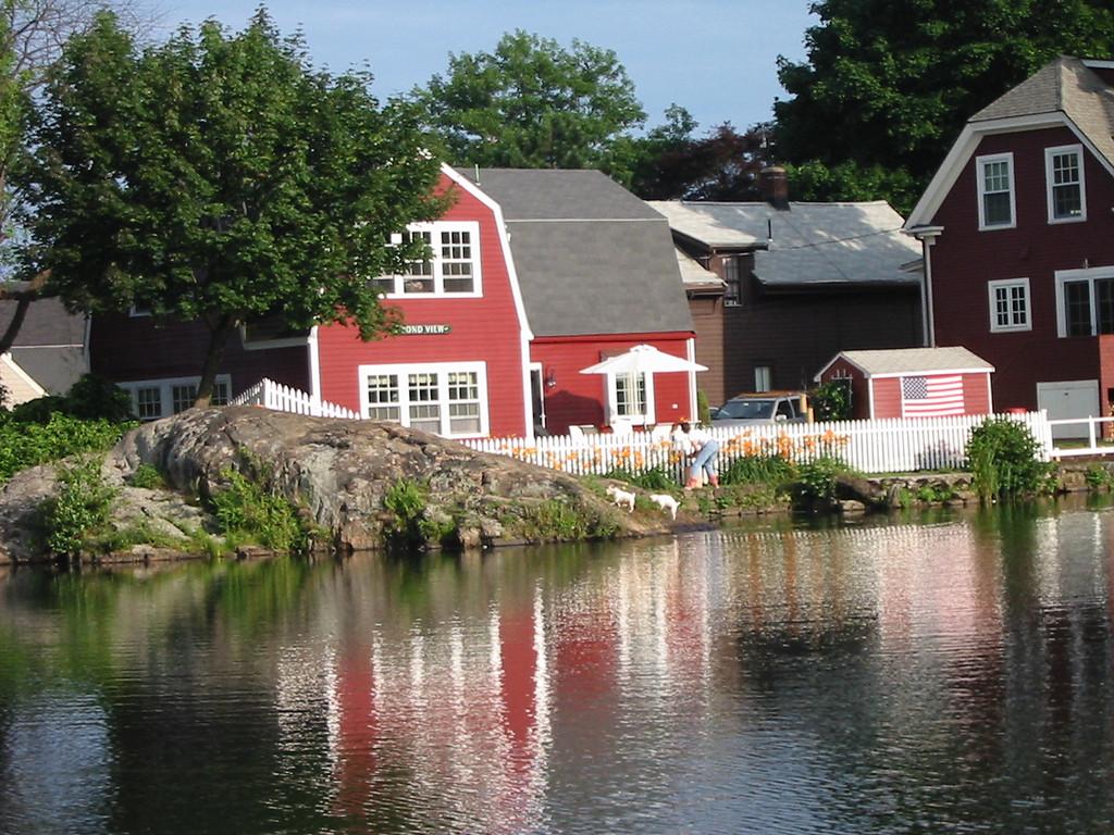 Redd's Pond