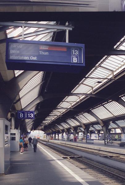 Zurich Hauptbaunhof, CH