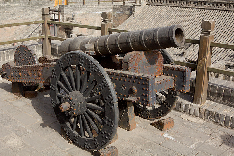 (CH-10153)  Temple cannon in Pingyao.
